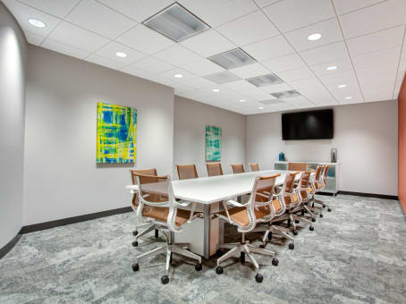 Regus Meeting Room, Illinois, Deerfield - Corporate 500