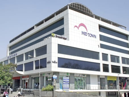 Building at 1st Floor Mid Town Plaza, Road No 1, Banjara Hills, Andhra Pradesh in Hyderabad 1