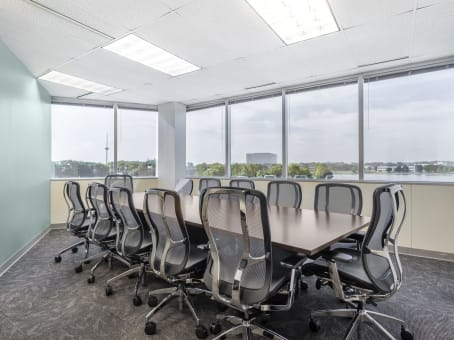 Regus Day Office in The Precedent