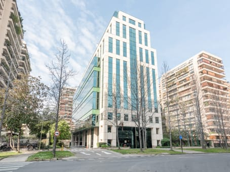 Building at Alcántara 200, Piso 6, Las Condes in Santiago 1