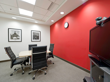 Regus Day Office in Bayshore Town Center